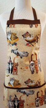 kitten apron with pockets