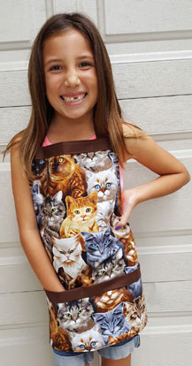 cat eyes kids apron with pockets