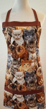 cat yes apron with pockets